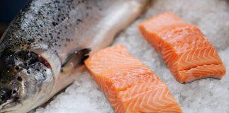 Laser และ Robo Feeders เทคโนโลยีในการเลี้ยงปลาแซลมอนในอนาคต