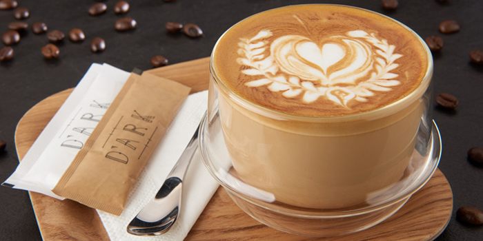 Hot Latte with Beautiful Latte Art (Cr. Photo by Chope.co)