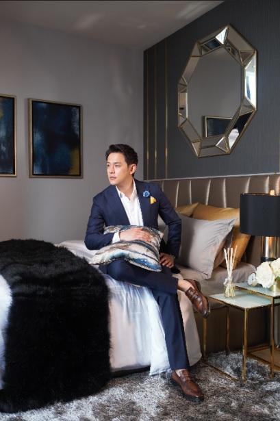 """ห้องในแบบของ """"ฟลุ๊ค เกริกพล"""" ที่สะท้อนนิยามของ Luxury Living @ Park 24"""