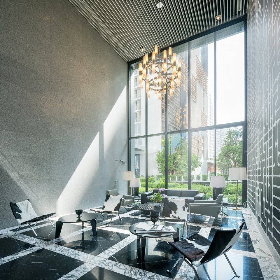 The Refined Sophistication of Grand Lobby of Park 24