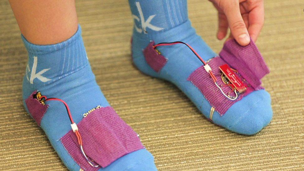 SoPhy socks ถุงเท้าอัจฉริยะ