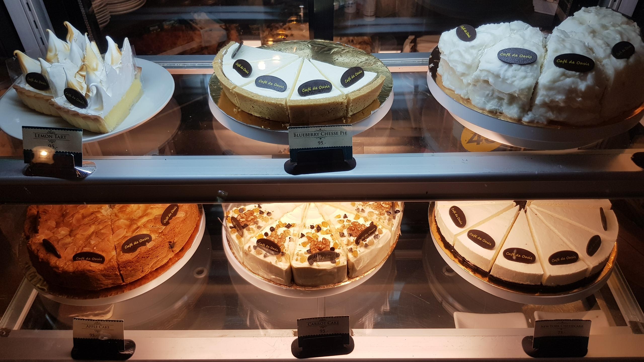 เค๊กอร่อยๆ เนื้อเนียนนุ่ม @ Cafe de Oasis เชียงใหม่