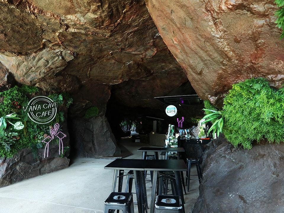 Vana Cafe Cave