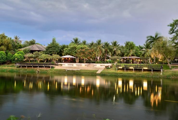 รอยัล ริเวอร์แคว รีสอร์ท แอนด์ สปา (Royal Riverkwai Resort & Spa)