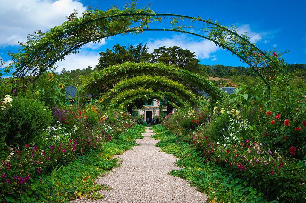 Claude-Monet-Garden-veronica