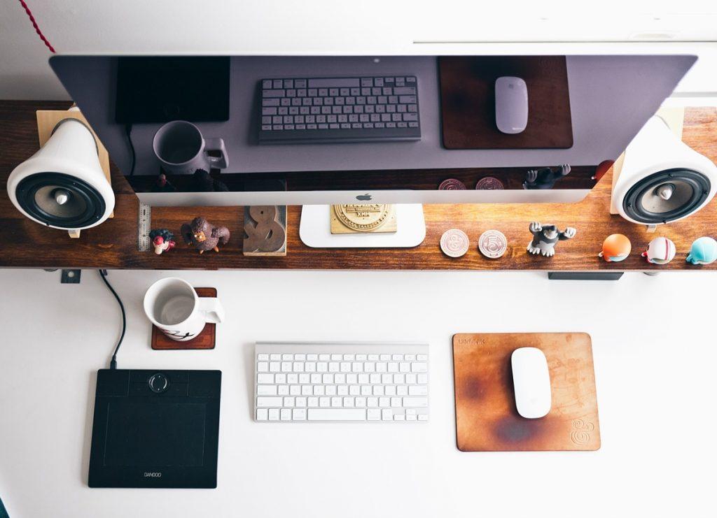 นั่งทำงานที่ไหนดี: Coworking Space – ร้านกาแฟ – บ้าน?