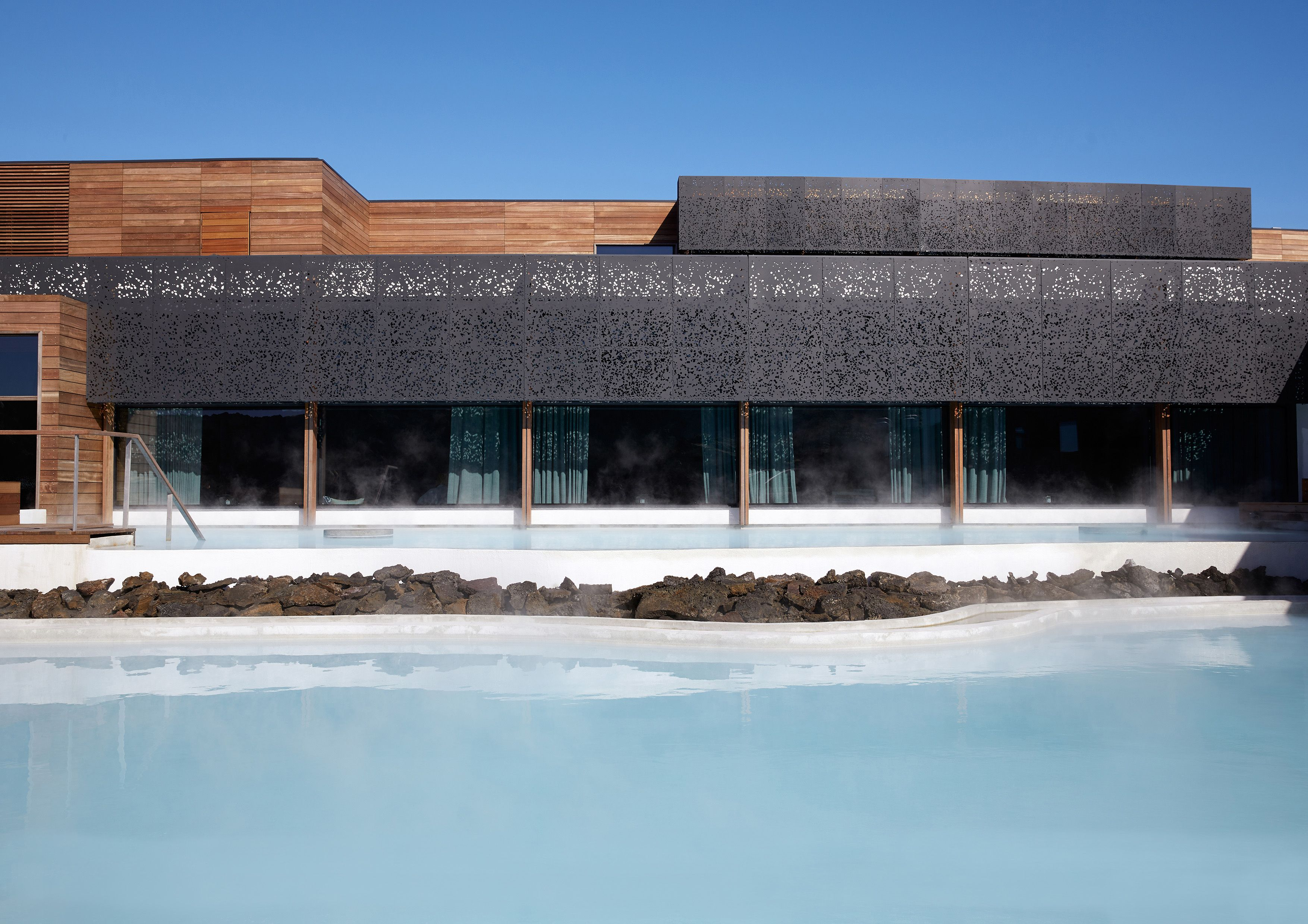 THE RETREAT AT BLUE LAGOON ICELAND2