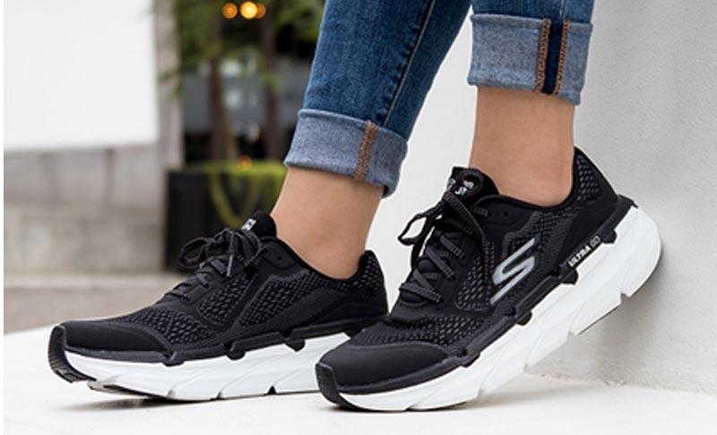รองเท้าสุขภาพ Skechers